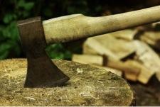 Holz hacken für Anfänger © panthermedia.net Gabi Sieg-Ewe, Arne Trautmann