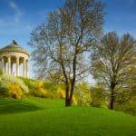 Wie wird ein Englischer Rasen angelegt?
