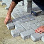 Einfahrt pflastern – Anleitung zum Verlegen von Pflasterstein