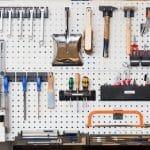 Stauraum für Garage und Keller: Tipps für Ordnung und Organisation